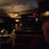 Photo prise au The Capital Grille par Ben H. le2/14/2012