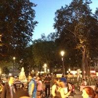 Photo prise au Leicester Square par persona .. le8/18/2012