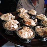 Foto diambil di Walnut Hills Restaurant & Round Table oleh Nancy M. pada 5/3/2012