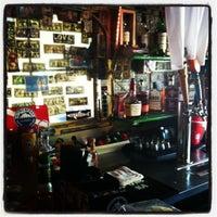 Foto tomada en Siesta Key Oyster Bar por Eric V. el 8/8/2012