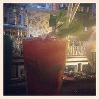 Das Foto wurde bei Simple Bar & Kitchen von Joanna H. am 6/1/2012 aufgenommen