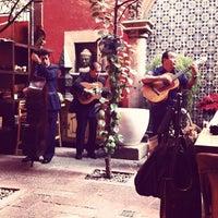 Foto tomada en Casa Luna por Carlo C. el 11/27/2011