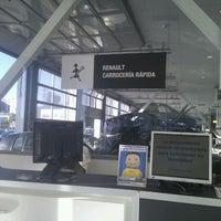 9/20/2011에 Veronica L.님이 Renault Retail Group Avenida De Burgos에서 찍은 사진