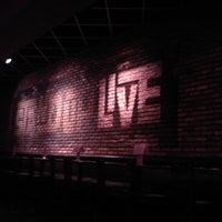 Foto tirada no(a) Stand Up Live por Mikey D. em 8/7/2011