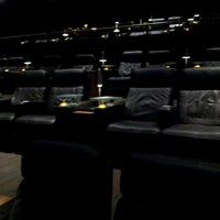 Photo prise au Cinepolis Luxury Cinemas par Ms.Mo le5/30/2012