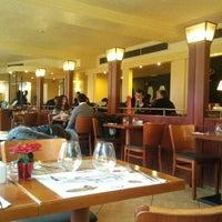 12/16/2011 tarihinde Anton I.ziyaretçi tarafından Pizza Coloseum'de çekilen fotoğraf