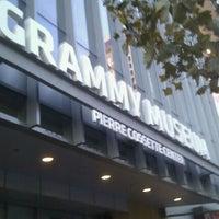 11/27/2011 tarihinde sssziyaretçi tarafından The GRAMMY Museum'de çekilen fotoğraf