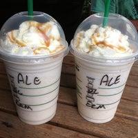 Foto tirada no(a) Starbucks por Aleksandar S. em 2/1/2011