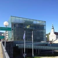 รูปภาพถ่ายที่ Ars Electronica Center โดย Andreas S. เมื่อ 8/1/2012