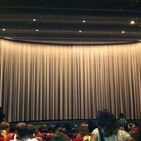 Foto scattata a Cinerama da Christina R. il 7/15/2011