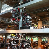 Foto scattata a Barber Vintage Motorsports Museum da Michelle H. il 7/22/2012