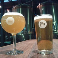 Снимок сделан в Temple Brewing Company пользователем zigiprimo 1/19/2012