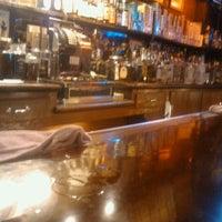 10/16/2011 tarihinde Renny B.ziyaretçi tarafından Richard's Bar'de çekilen fotoğraf
