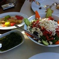 Foto diambil di İyot Restaurant oleh Bülent pada 8/26/2012