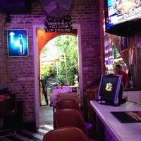 Foto tomada en Bourbon Heat por Alison N. el 6/7/2012