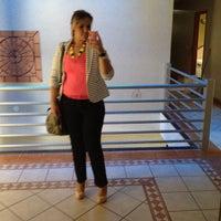 Das Foto wurde bei Jp Palace Hotel von Karla S. am 9/6/2012 aufgenommen