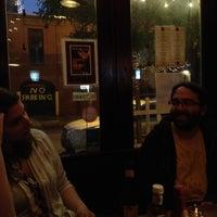 รูปภาพถ่ายที่ Dorian Gray NYC โดย Giff C. เมื่อ 4/27/2012