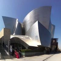 Foto scattata a Walt Disney Concert Hall da djzeus il 6/9/2012