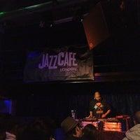 Photo prise au Jazz Cafe par Ashy R. le7/2/2012