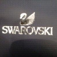 รูปภาพถ่ายที่ Swarovski โดย Felipe O. เมื่อ 9/6/2012