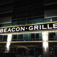Снимок сделан в Beacon Grille пользователем Eric A. 8/9/2012
