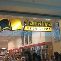 9/8/2012にGustavo d.がSaraiva MegaStoreで撮った写真