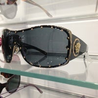 8f9d25401cd ... Photo taken at Sunglass Hut by Sixto J. on 7 25 2013 ...