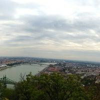 10/12/2012 tarihinde Dávid B.ziyaretçi tarafından Gellért-hegy'de çekilen fotoğraf