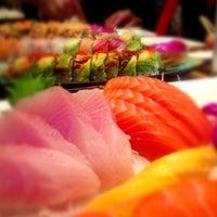 2/21/2013에 Ali S.님이 Mizu Sushi Bar & Grill에서 찍은 사진
