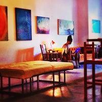 10/4/2013 tarihinde Alex d.ziyaretçi tarafından Wynwood Cafe'de çekilen fotoğraf