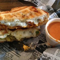 7/17/2013にTommy S.がNew York Grilled Cheese Co.で撮った写真