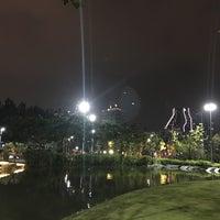 Das Foto wurde bei CU Centenary Park von PoplatakoM am 10/4/2018 aufgenommen
