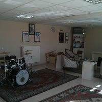 2/18/2014にEren U.がSDÜ Rock Topluluğu Kulüp Odasıで撮った写真
