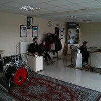 3/4/2014にEren U.がSDÜ Rock Topluluğu Kulüp Odasıで撮った写真