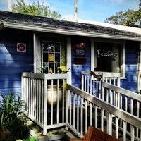 Foto scattata a Felicitous Coffee & Tea House da Anand P. il 9/29/2012