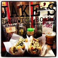 1/9/2013 tarihinde Stacey M.ziyaretçi tarafından Jake's Sandwich Board'de çekilen fotoğraf