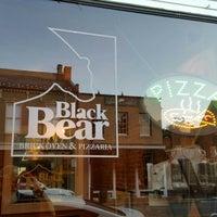 Das Foto wurde bei Black Bear Bistro & Brick Oven von J. Gregory W. am 8/4/2016 aufgenommen