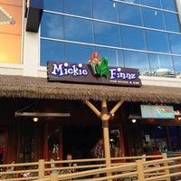 Foto diambil di Mickie Finnz Fish House & Bar oleh Deborah M. pada 12/10/2012