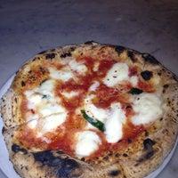รูปภาพถ่ายที่ Settebello Pizzeria โดย Sherita S. เมื่อ 11/16/2012