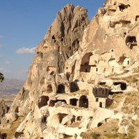 9/29/2013 tarihinde Burcu K.ziyaretçi tarafından Uçhisar Kalesi'de çekilen fotoğraf