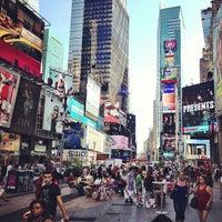 Foto scattata a Times Square da John C. il 7/16/2013