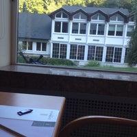 Das Foto wurde bei Hotel Zugbrücke Grenzau von Pedro P. am 8/20/2014 aufgenommen