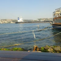 Das Foto wurde bei Taka Balık Ekmek von Eren A. am 4/24/2013 aufgenommen