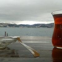 Das Foto wurde bei Taka Balık Ekmek von Eren A. am 3/22/2013 aufgenommen