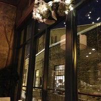12/11/2012에 Mike R.님이 Café & Bar Lurcat에서 찍은 사진