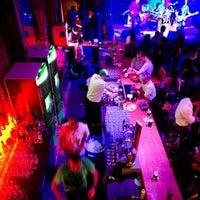 Foto tomada en Ozzie Pub por Ozzie Pub el 2/7/2014