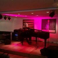 Foto diambil di Jazz@PizzaExpress oleh Kaan Y. pada 3/1/2013