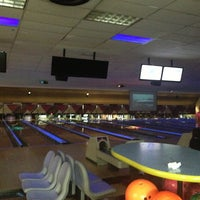 Bowlero Queens - Bowling Alley in Woodside