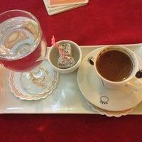 Das Foto wurde bei Cafe Villa Bistro von Ulaş M. am 10/25/2013 aufgenommen