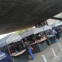 Foto tirada no(a) Feira de Antiguidades do Masp por Eduardo A. em 10/14/2012